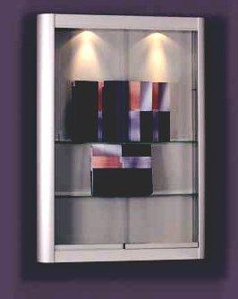 moderner robuster Glasschrank zur Wandmontage mit halbrunden ...
