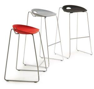 Stapelbarer design barhocker mit bequemer sitzschale for Barhocker stapelbar